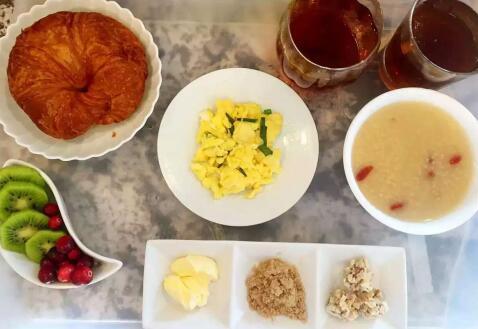 到美国生孩子伙食情况如何?在美福嘉儿享受中式美餐!