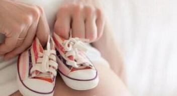 美国生宝宝后孩子的美国证件都包括什么