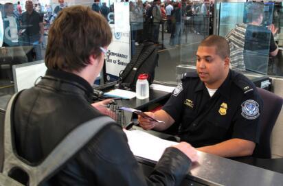 孕妈妈去美国生子必读:安全入境美国要怎么做