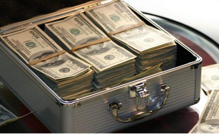 赴美生子如何带现金到美国政府都有哪些规定