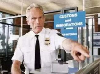 海外生子证件资料齐全,为何入关依旧遭到遣返?