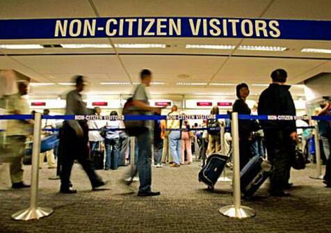 旅游生子入境流程是什么?入境卡要怎么写?