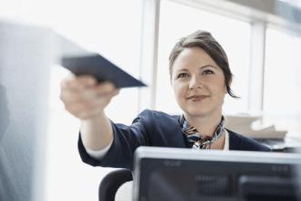 H-1B签证4月1日开始收紧,首次启用新规