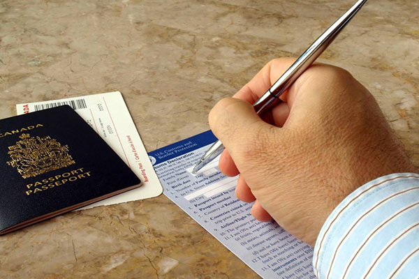 202年美国生孩子签证政策公布:禁止中国人入境?怎么回事?