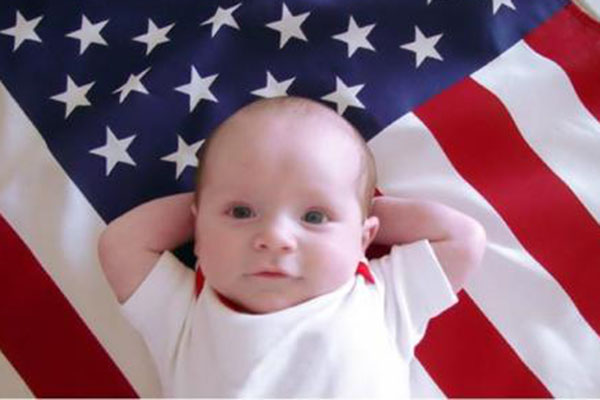 为什么很多人去美国生孩子