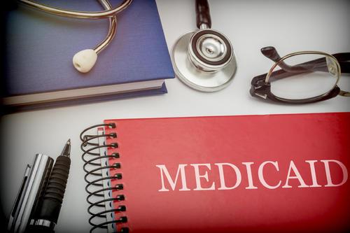 美国免费医疗白卡有再好的福利也别申请!